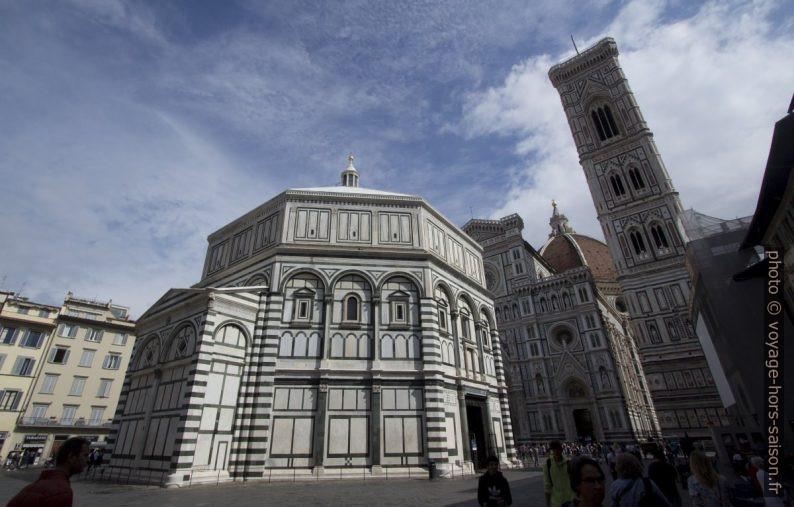 Le Baptistère et la Cathédrale de Florence. Photo © André M. Winter