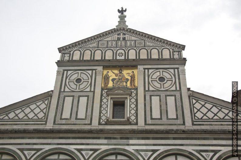Façade principale en marbre de laBasilique San Miniato al Monte. Photo © André M. Winter