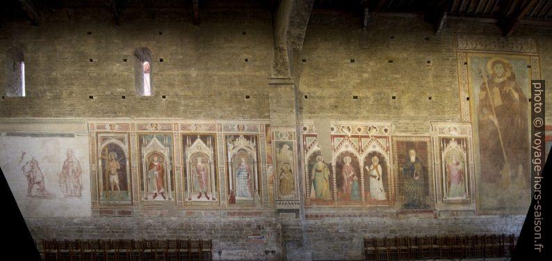 Fresques du 15e siècle du collatéral sud de la Basilique San Miniato al Monte. Photo © André M. Winter