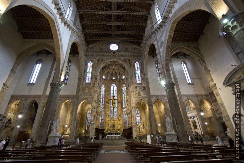 Nef de la Basilica di Santa Croce. Photo © André M. Winter