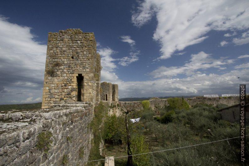 Tours de la muraille médiévale de Monteriggioni. Photo © André M. Winter