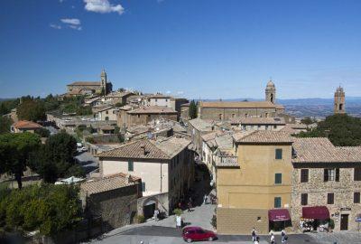 Montalcino vu de la Fortezza della Rocca. Photo © André M. Winter