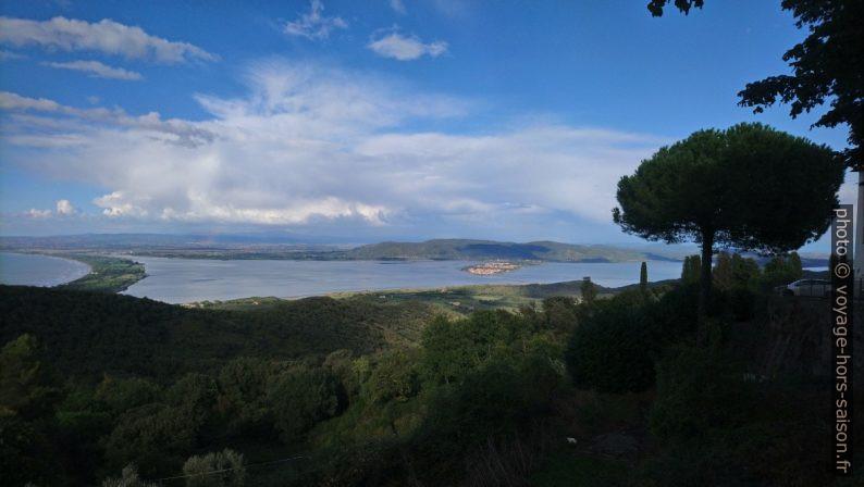 La Giannella et Laguna di Orbetello. Photo © André M. Winter