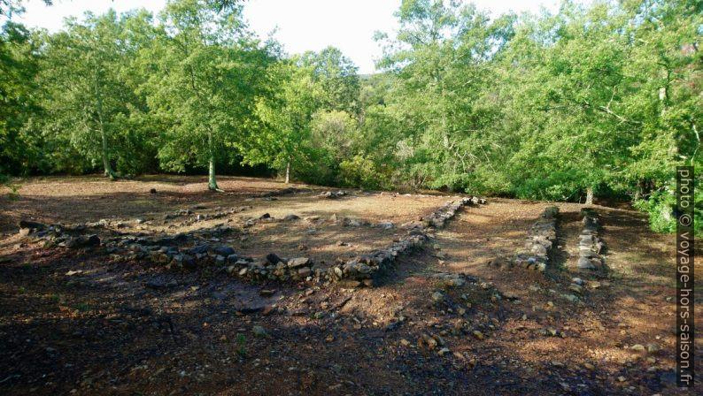 Zone archéologique étrusque à l'est du Lago dell'Accesa. Photo © André M. Winter