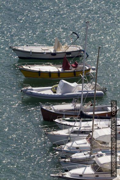 Petits bateaux à Porto Ercole. Photo © André M. Winter