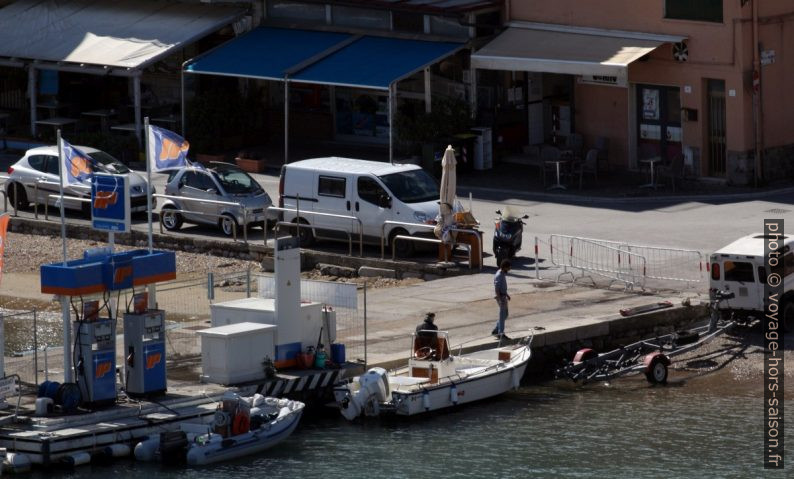 Notre Trafic garé à Porto Ercole. Photo © André M. Winter