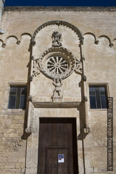 Rosette de la Chiesa di San Domenico. Photo © André M. Winter