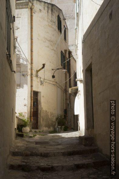 Une ruelle du Sasso Barisano à Matera. Photo © Alex Medwedeff