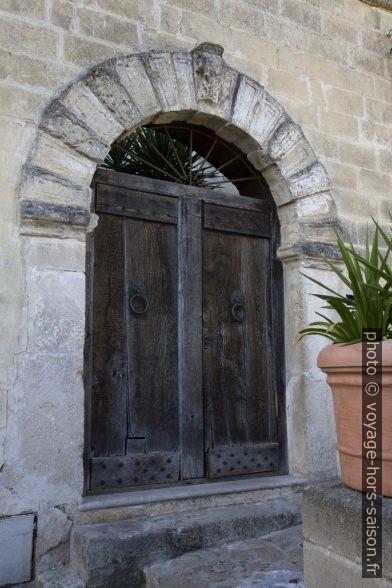 Une porte dans la Sasso Caveoso de Matera. Photo © Alex Medwedeff