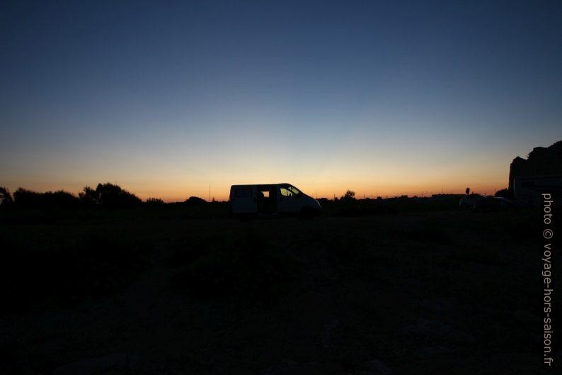 Notre Trafic au coucher de soleil à Torre Chianca. Photo © André M. Winter