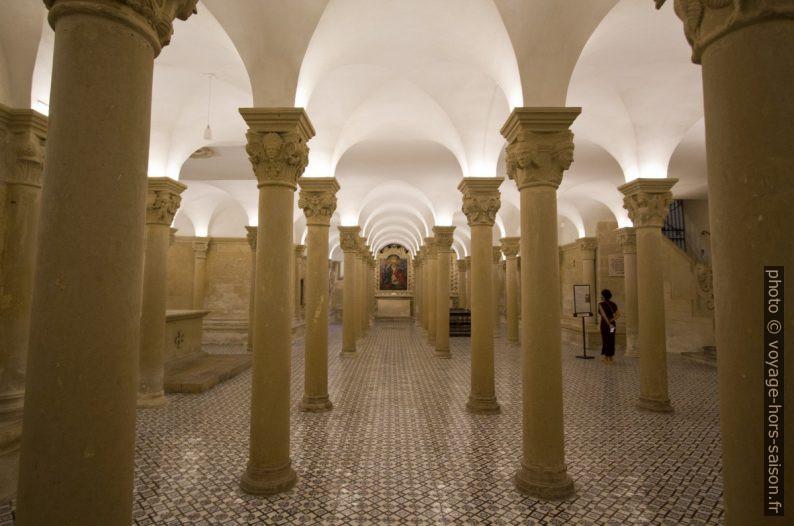Colonnes de la crypte de la cathédrale de Lecce. Photo © André M. Winter