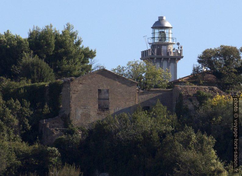 Il Faro di Ancona. Photo © André M. Winter