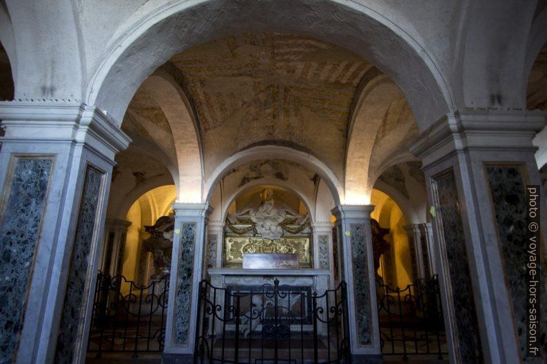 La Cripta dei Protettori con la tomba di San Ciriaco. Photo © André M. Winter