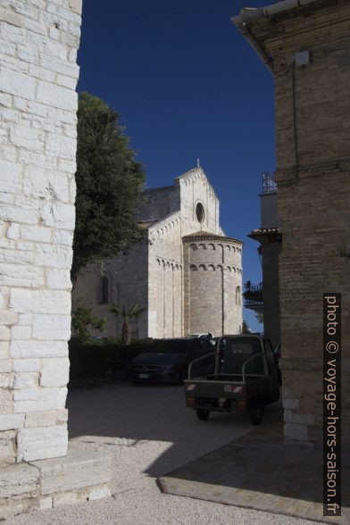 Bras du transept sud-est de la cathédrale d'Ancône. Photo © André M. Winter