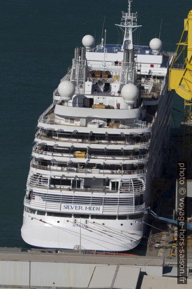 Le navire de croisière Silver Moon en finition fin septembre 2020 à Ancône. Photo © André M. Winter