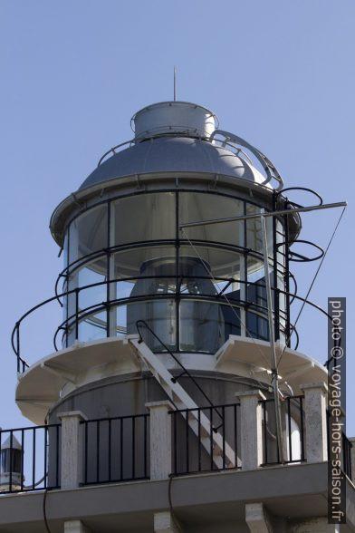Lentille du nouveau phare d'Ancône. Photo © André M. Winter