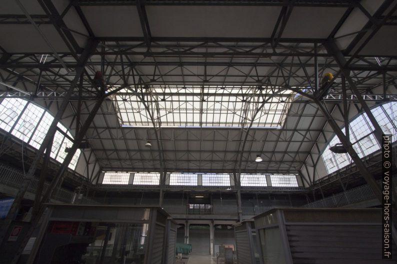 Halle du marché public d'Ancône. Photo © André M. Winter