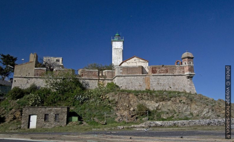 Fort du Fanal et le phare de Port-Vendres. Photo © André M. Winter