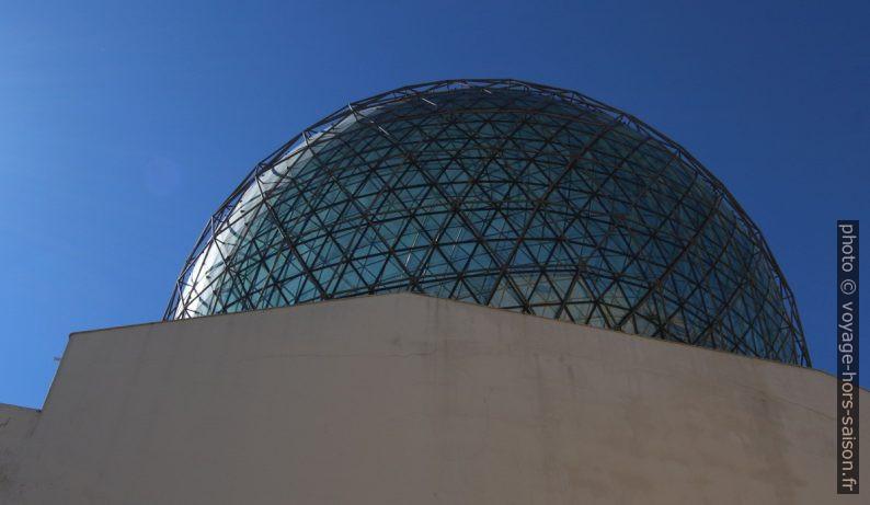 Coupole réticulaire du Théâtre-musée Dalí. Photo © André M. Winter