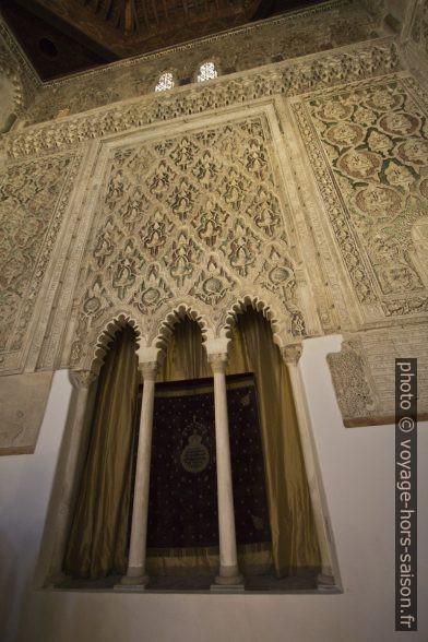 Arche sainte de la Synagogue El Tránsito. Photo © André M. Winter