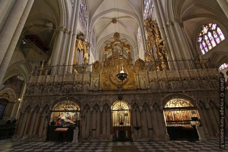 Partie arrière des stalles du chœur de la Cathédrale de Tolède. Photo © André M. Winter