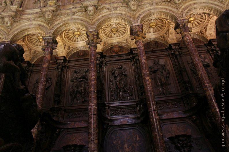 Détail des stalles de la Catedral Primada de España. Photo © André M. Winter