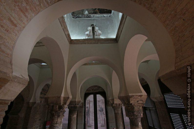 Sous la de la Mosquée Bab al-Mardum. Photo © André M. Winter