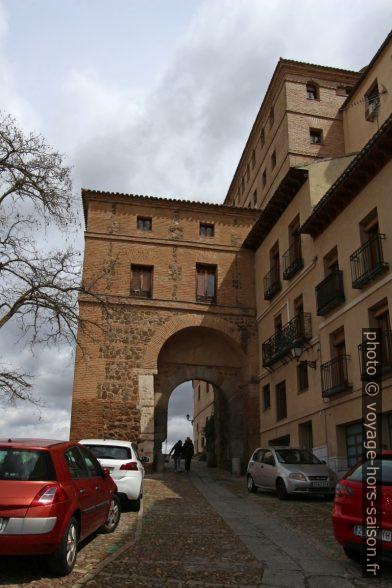 Puerta de Alarcones. Photo © André M. Winter