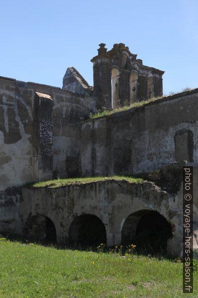 Église du Convento das Freiras Dominicanas dans le Château de Moura. Photo © Alex Medwedeff