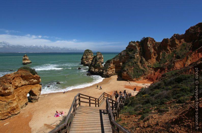 Escalier pour la Praia do Camilo. Photo © André M. Winter