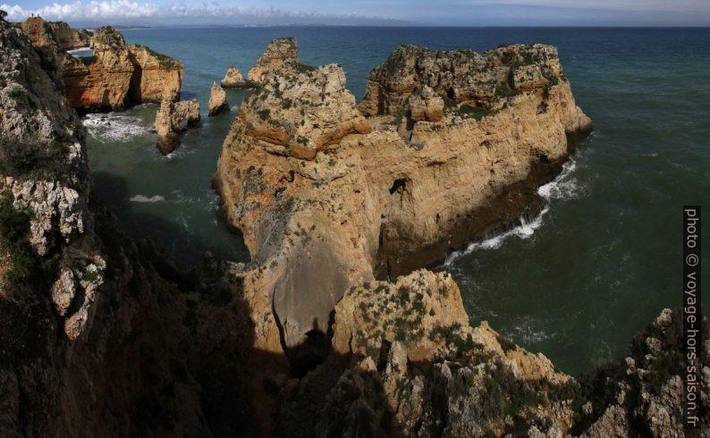 Dédale de rochers de la Ponta da Piedade vu d'en haut. Photo © André M. Winter