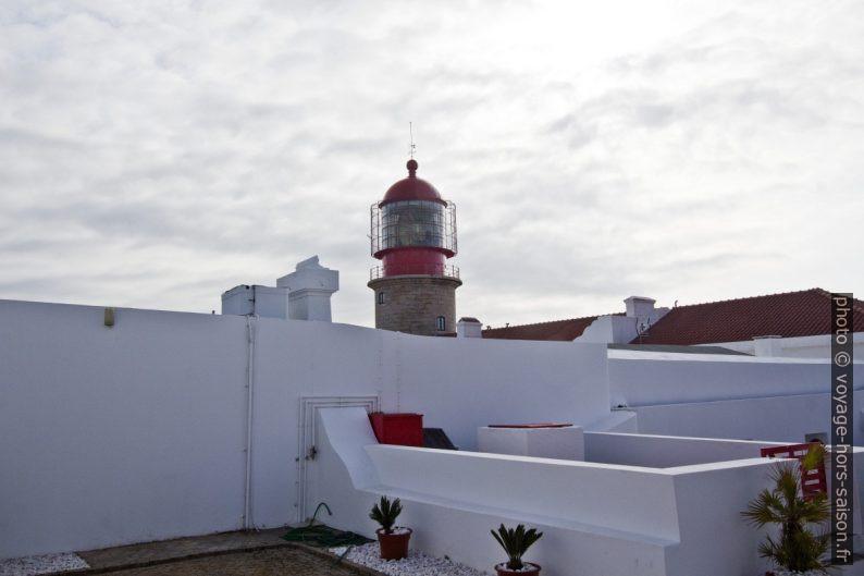 Dans la cour du Phare de Cabo de São Vicente. Photo © André M. Winter