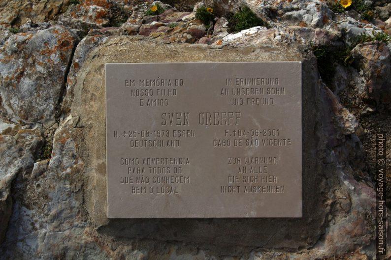 Plaque commémorative pour Sven Greeff. Photo © André M. Winter