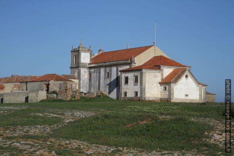 Église Notre-Dame du Cap Espichel vue du côté de la mer. Photo © Alex Medwedeff