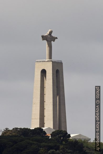 Santuário Nacional de Cristo Rei de Almada. Photo © André M. Winter