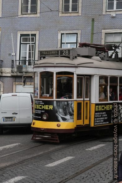 Tram 28E de Lisbonne. Photo © Alex Medwedeff