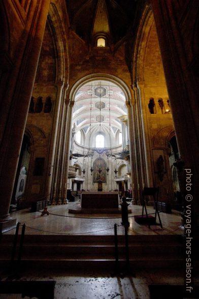 Croisée du transept et chœur de la Sé de Lisboa. Photo © André M. Winter