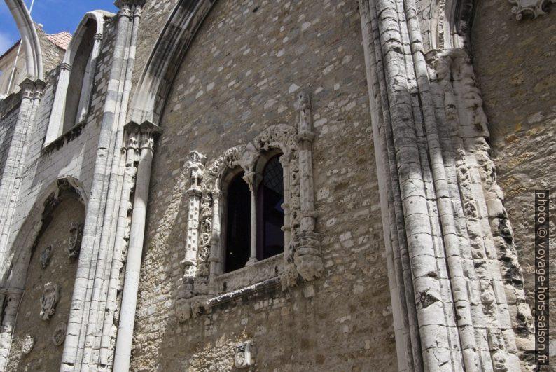 Fenêtre manuéline du Convento do Carmo. Photo © André M. Winter