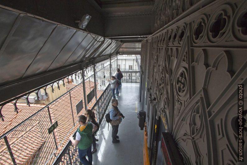 Niveau supérieur de l'Ascenseur de Santa Justa. Photo © André M. Winter