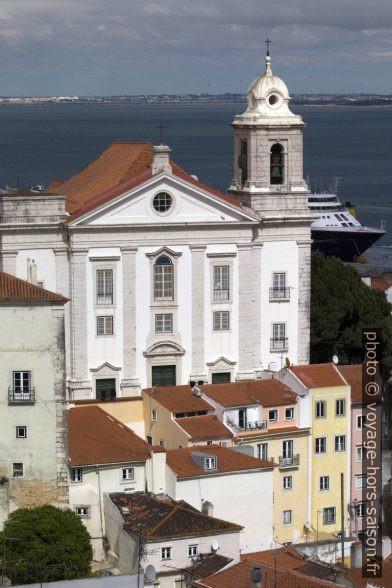 Façade principale de la Igreja de Santo Estêvão. Photo © André M. Winter