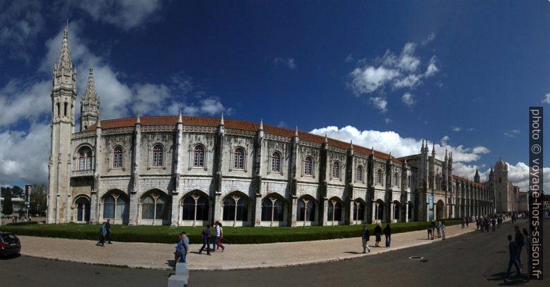 Façade principale du Monastère des Hiéronymites. Photo © André M. Winter