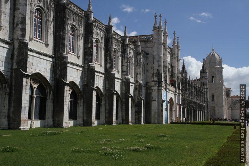 Façade sud du Monastère des Hiéronymites. Photo © Alex Medwedeff