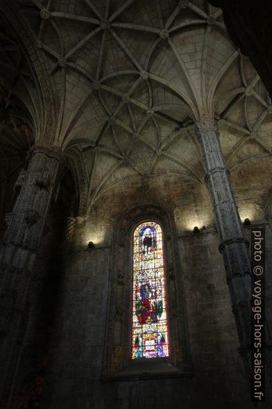 Vitrail de l'église Santa Maria. Photo © Alex Medwedeff