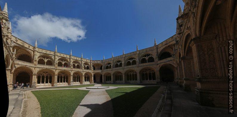 Cloître du Mosteiro dos Jerónimos. Photo © André M. Winter