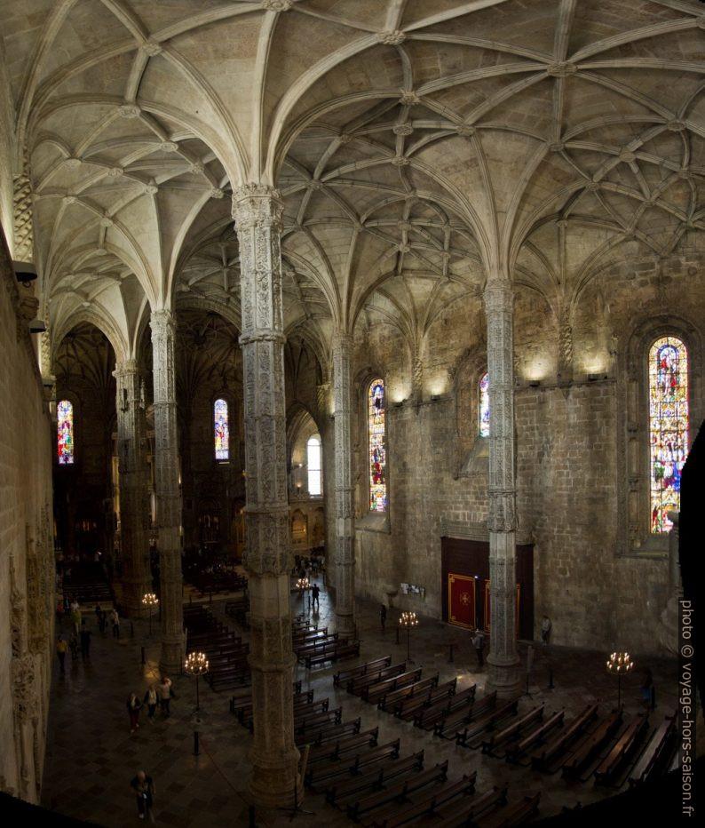 Nef de l'église Santa Maria vue de la galerie. Photo © André M. Winter