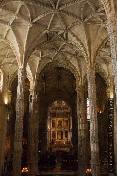 Nef de l'église Santa Maria vue de la galerie. Photo © Alex Medwedeff