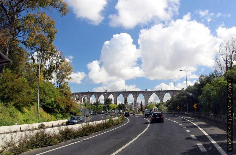 Eixo Norte-Sul e Aqueduto das Águas Livres. Photo © André M. Winter
