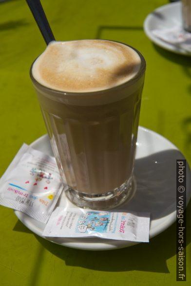 Café Galão. Photo © Alex Medwedeff