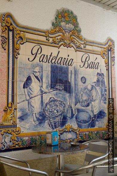 Azulejo de la Pastelaria Baía. Photo © Alex Medwedeff