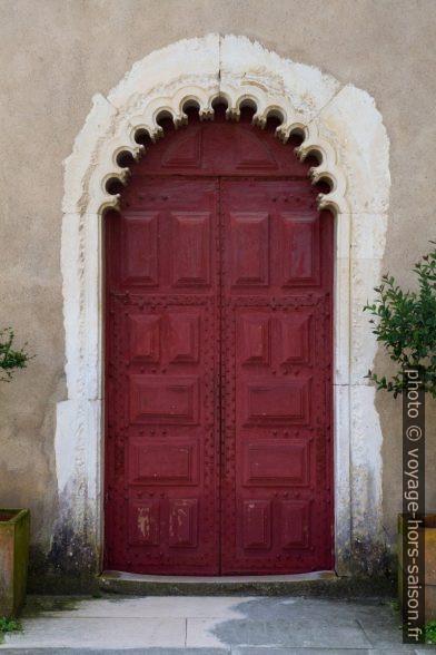 Une porte de l'Hospital Termal Rainha D. Leonor. Photo © Alex Medwedeff